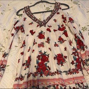 Floral print flowy dress